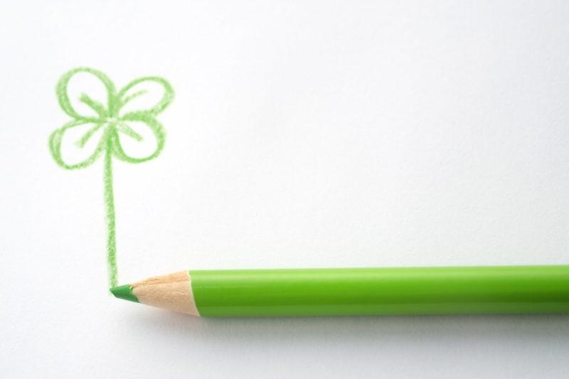みどりいろの色鉛筆