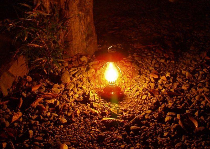 ランプの灯