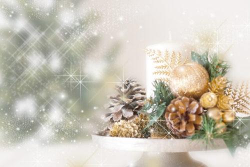 クリスマスの白いキャンドル