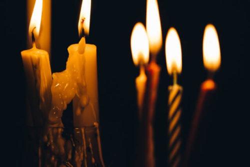 たくさんの蝋燭