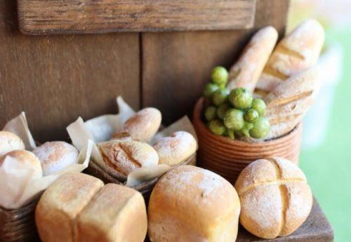 パンのミニチュア